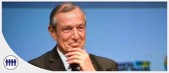 Francis Vallat distingué par le Lifetime Achievement Award du Lloyd's List